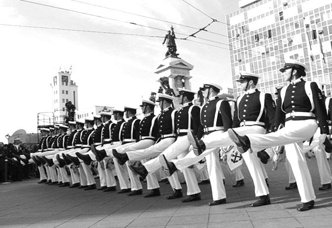 Indemnización laboral a ex miembro de la armada