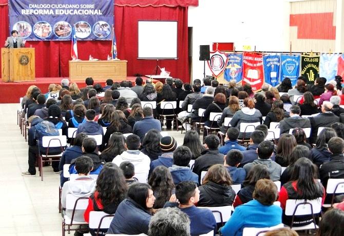 DICTAMEN: Se elimina beneficio de contrato colectivo por término de regimen de financiamiento compartido en colegios